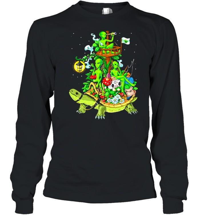 Alien Riding Turtle smoking shirt Long Sleeved T-shirt