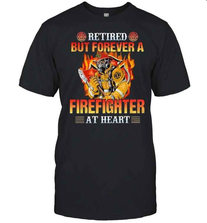 Retired but forever a firefighter at heart shirt Classic Men's T-shirt
